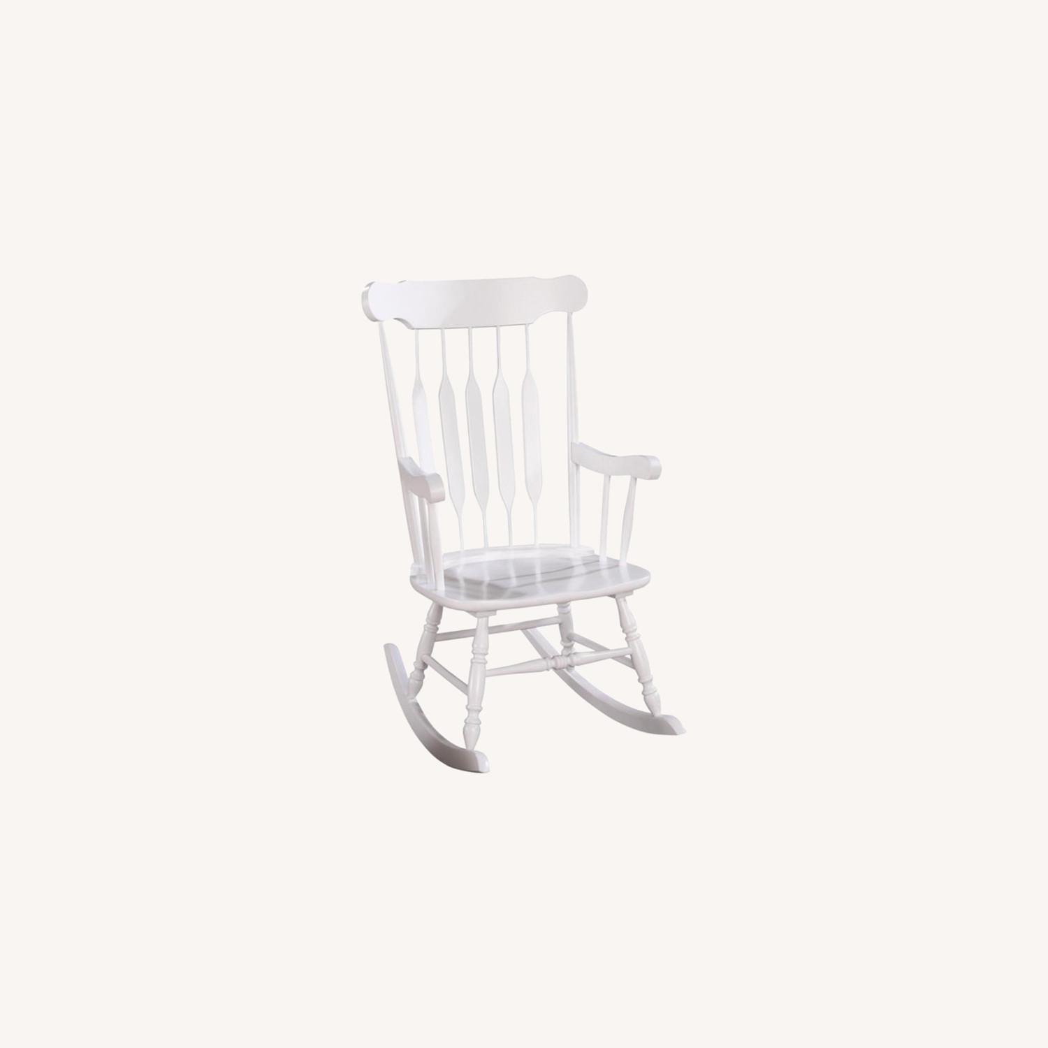 Rocking Chair In White Rubberwood Construction - image-3