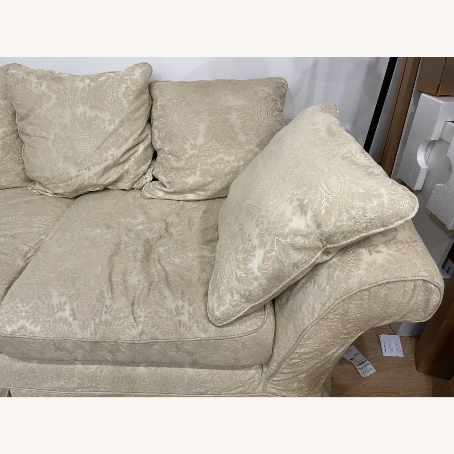 Shabby chic 2 Seater Sofa in Ivory Damask Pattern - image-3