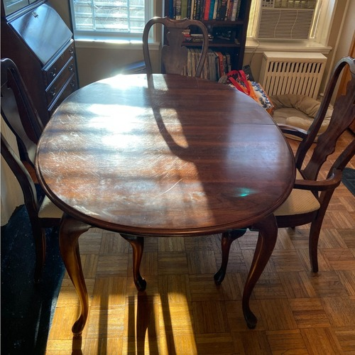 Used Antique Mahogany Dining Room Set for sale on AptDeco