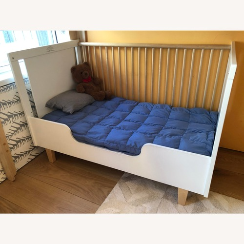 Used Oeuf Rhea Crib with Toddler Conversion for sale on AptDeco