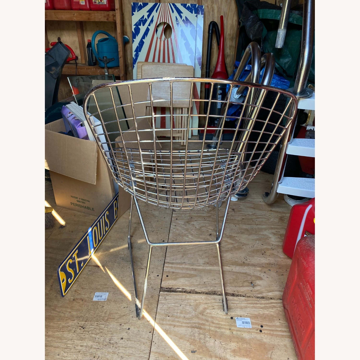 Knoll Pair of Midcentury Knoll Bertoia Wire Side Chairs - image-4