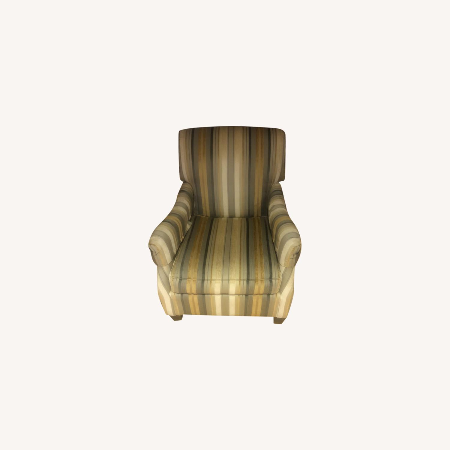 Dennis LennerVery Cushioned Comfortable Arm Chair - image-0