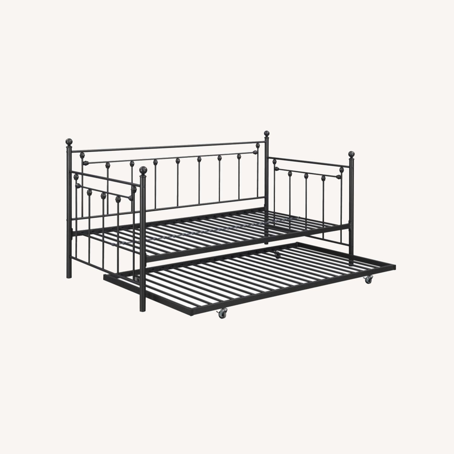Daybed In Gunmetal Steel Finish W/ Trundle - image-4