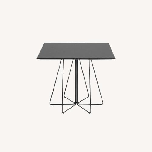 Used Knoll Paperclip Cafe Table for sale on AptDeco