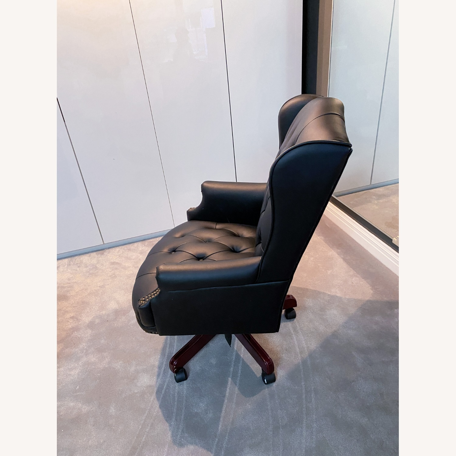 High Quality Executive Office Chair - image-6