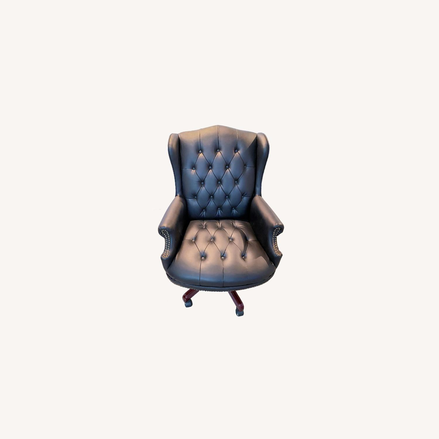 High Quality Executive Office Chair - image-0