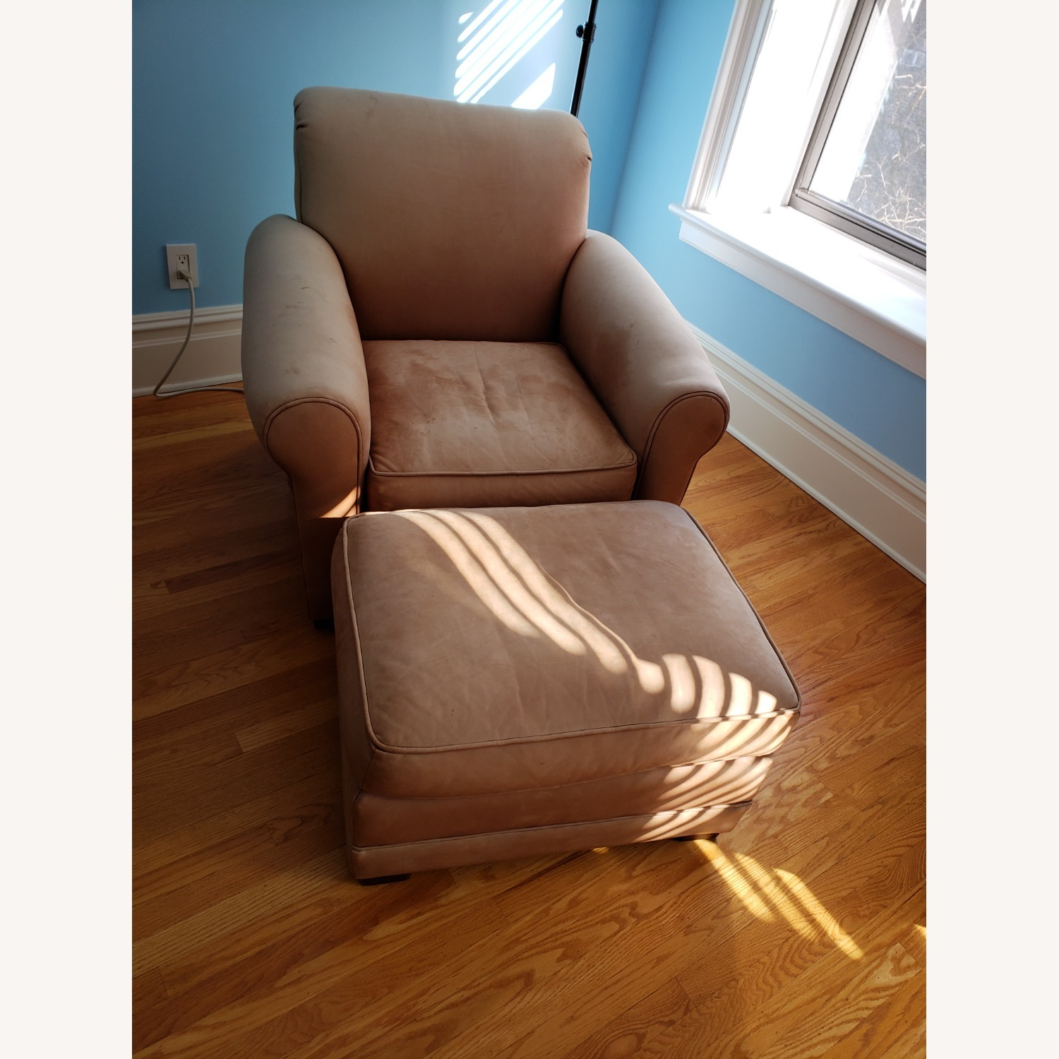 Leather Club Chair - image-1