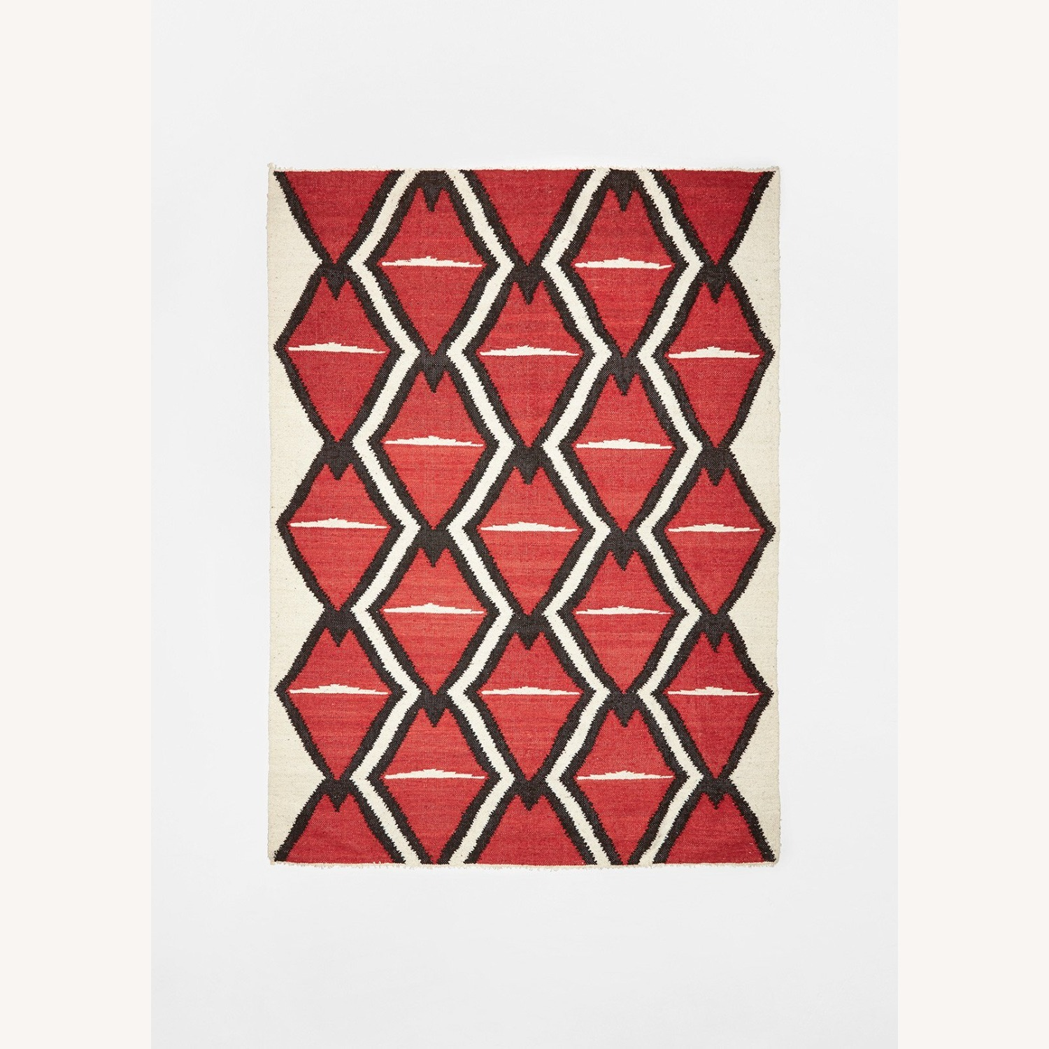 Artisan Rug featured in Elle Decor - image-1