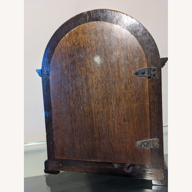 Handsome Vintage Seth Thomas Clock - image-4