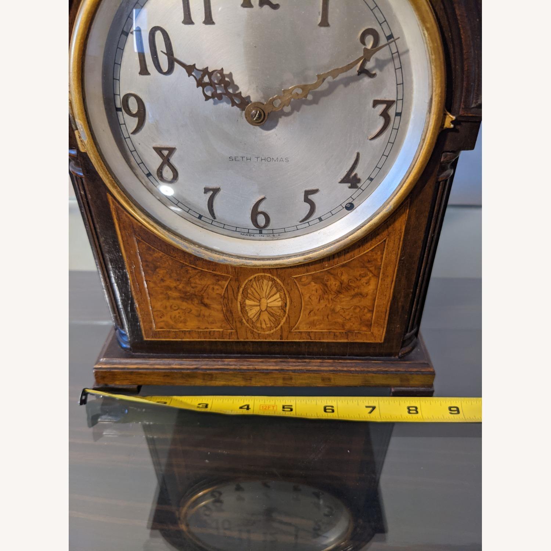 Handsome Vintage Seth Thomas Clock - image-3