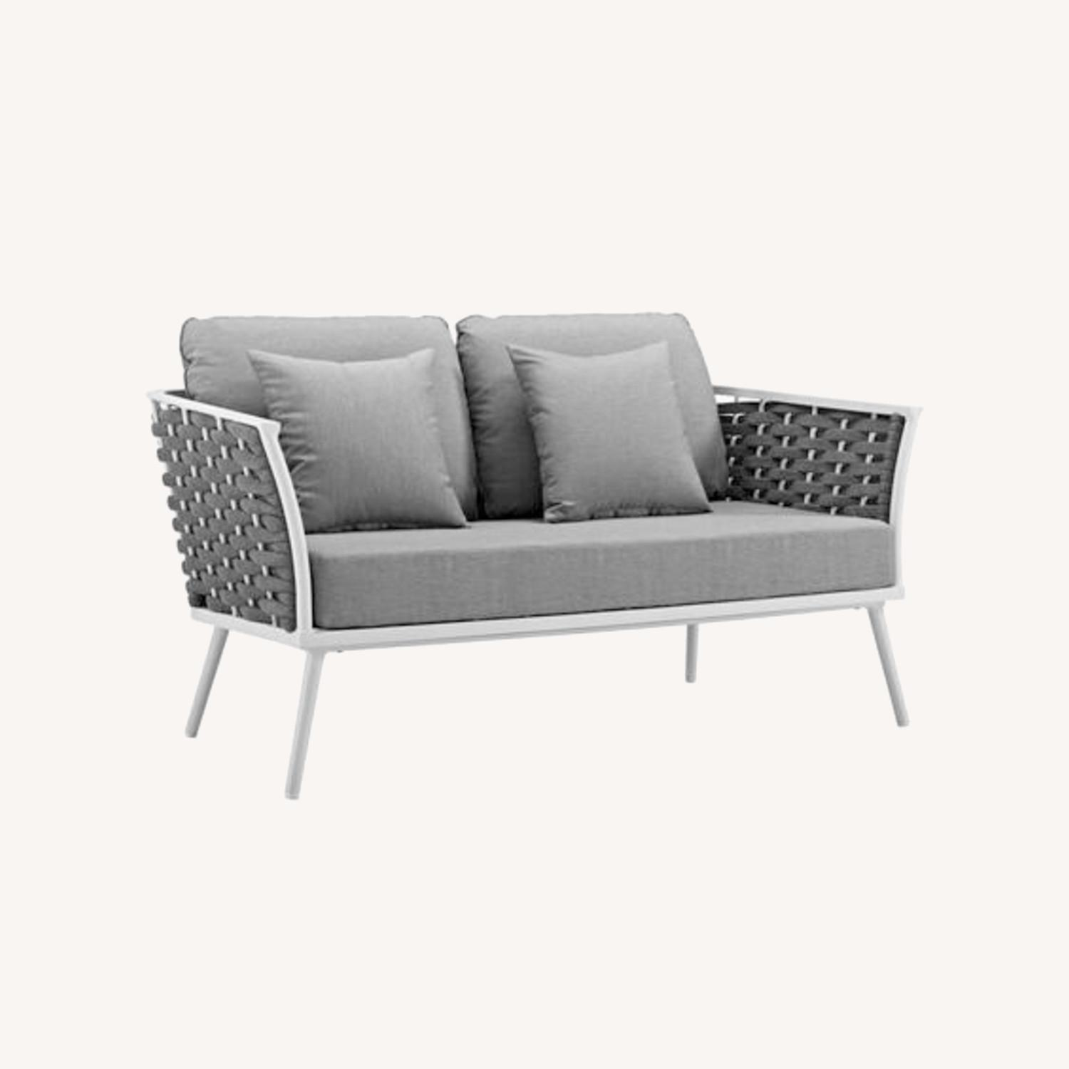 Outdoor Loveseat In Gray Fabric Rope & White Frame - image-6