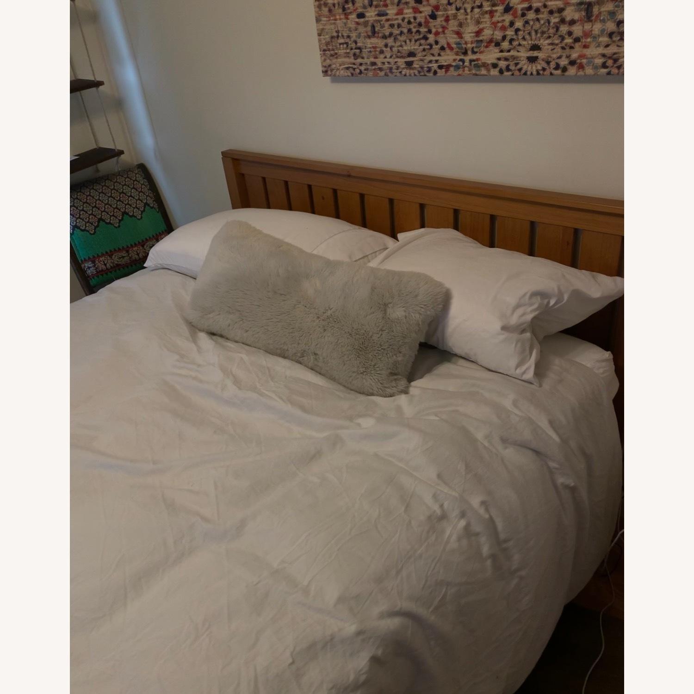 Solid Wood Platform Bed - image-4