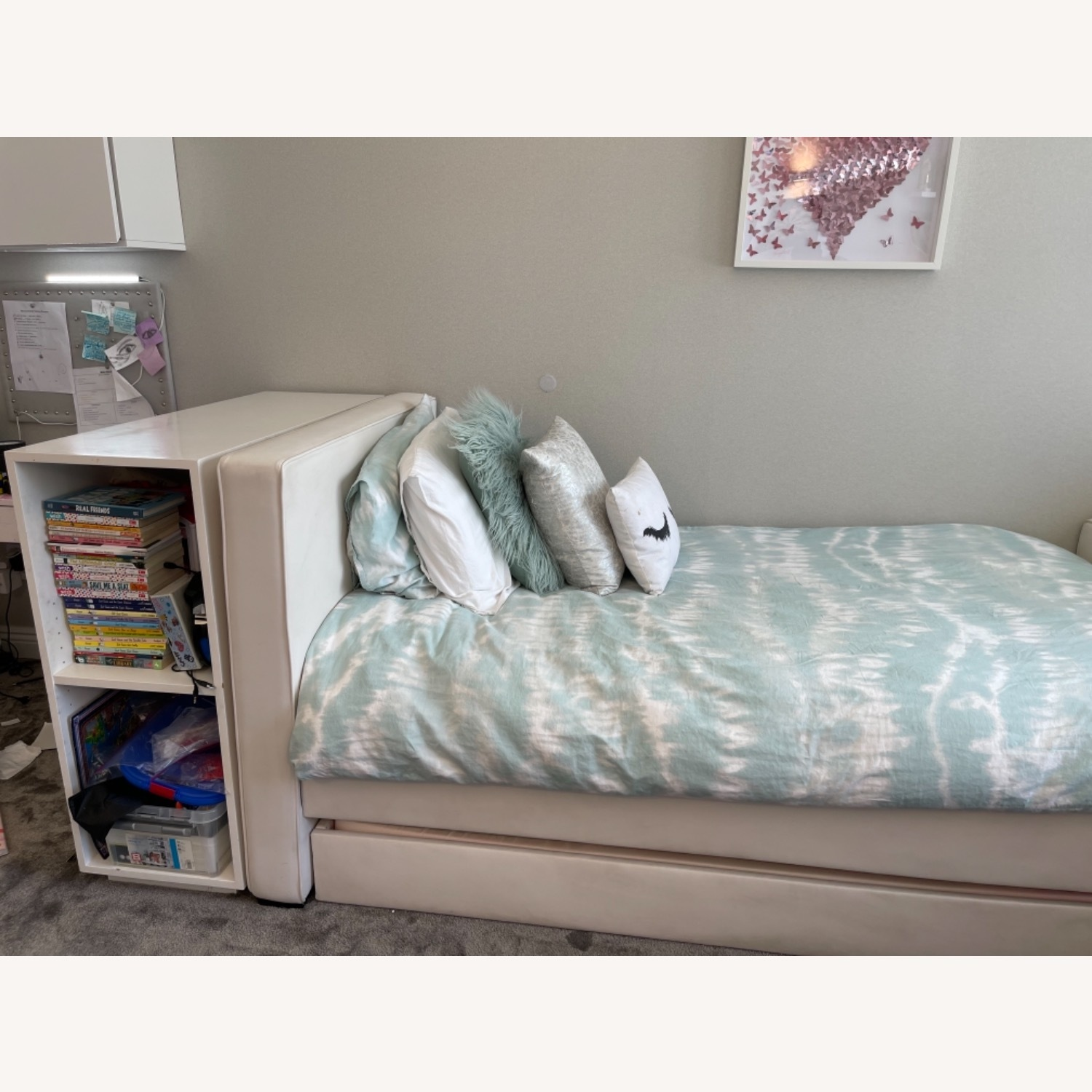 White Leather Twin Trundle Bed - image-3