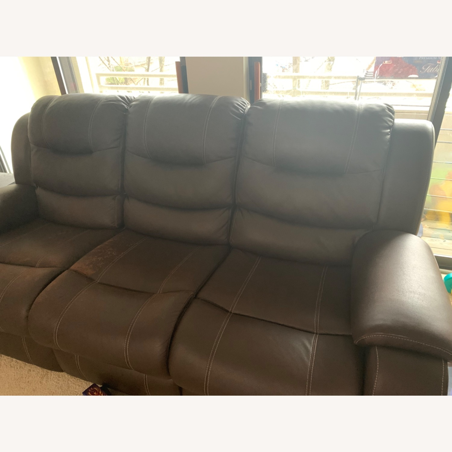 Rooms To Go Manual 3-seat Recliner - image-3
