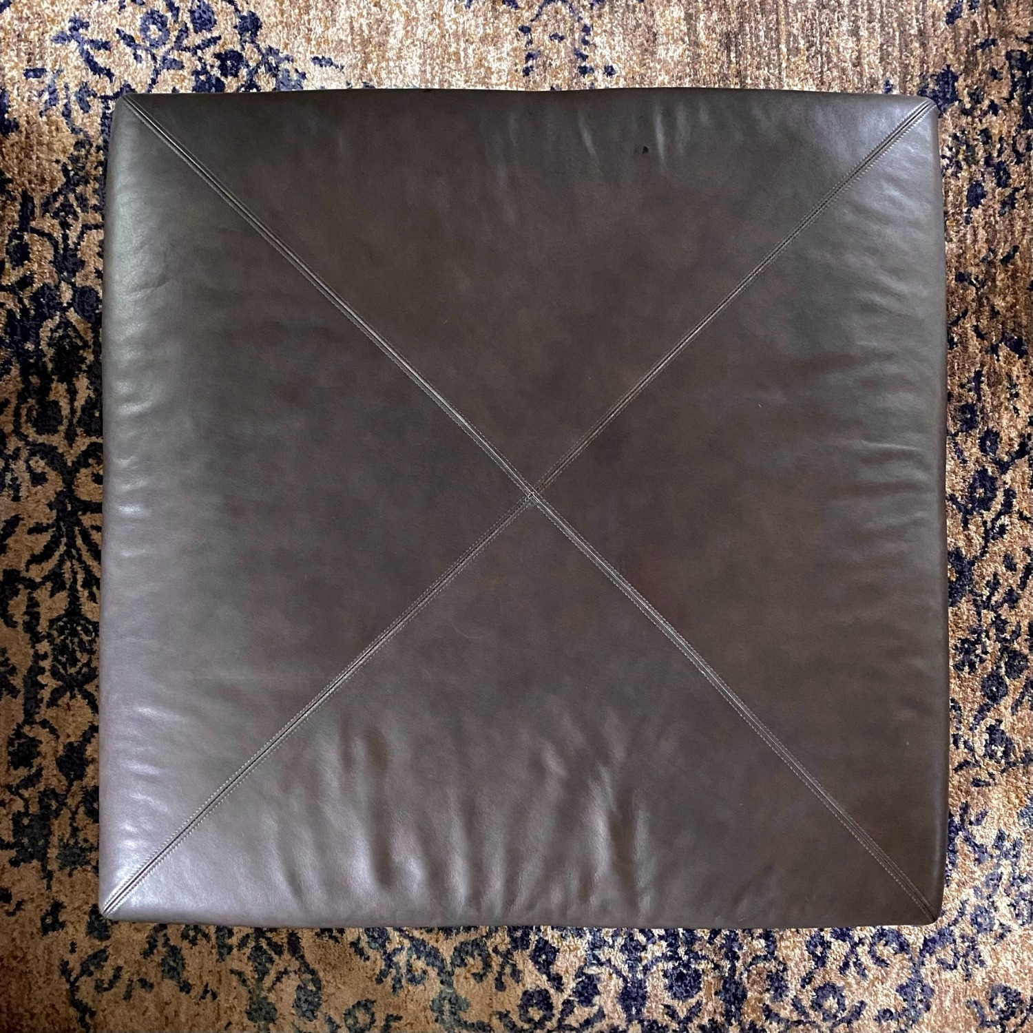 Bassett Leather Ottoman with Trays - image-3