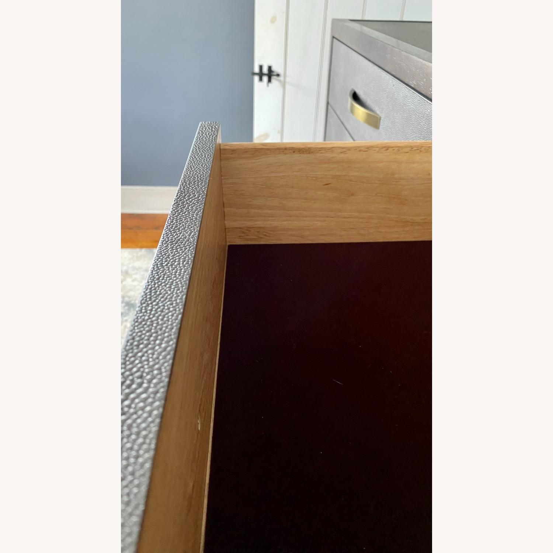 Bassett Modern 10-Drawer Dresser - image-4