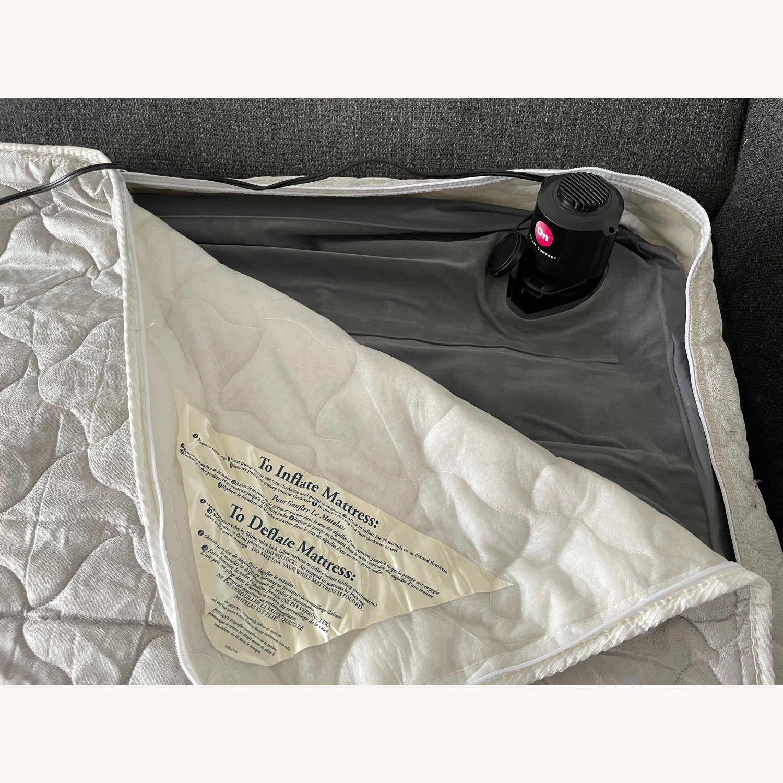 """Room & Board Metro 88"""" 3-Cushion Queen Sleeper Sofa - image-11"""