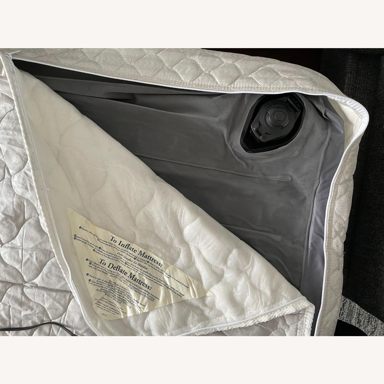 """Room & Board Metro 88"""" 3-Cushion Queen Sleeper Sofa - image-10"""
