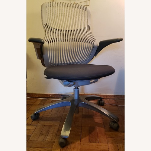 Used Knoll Generation Office Chair for sale on AptDeco