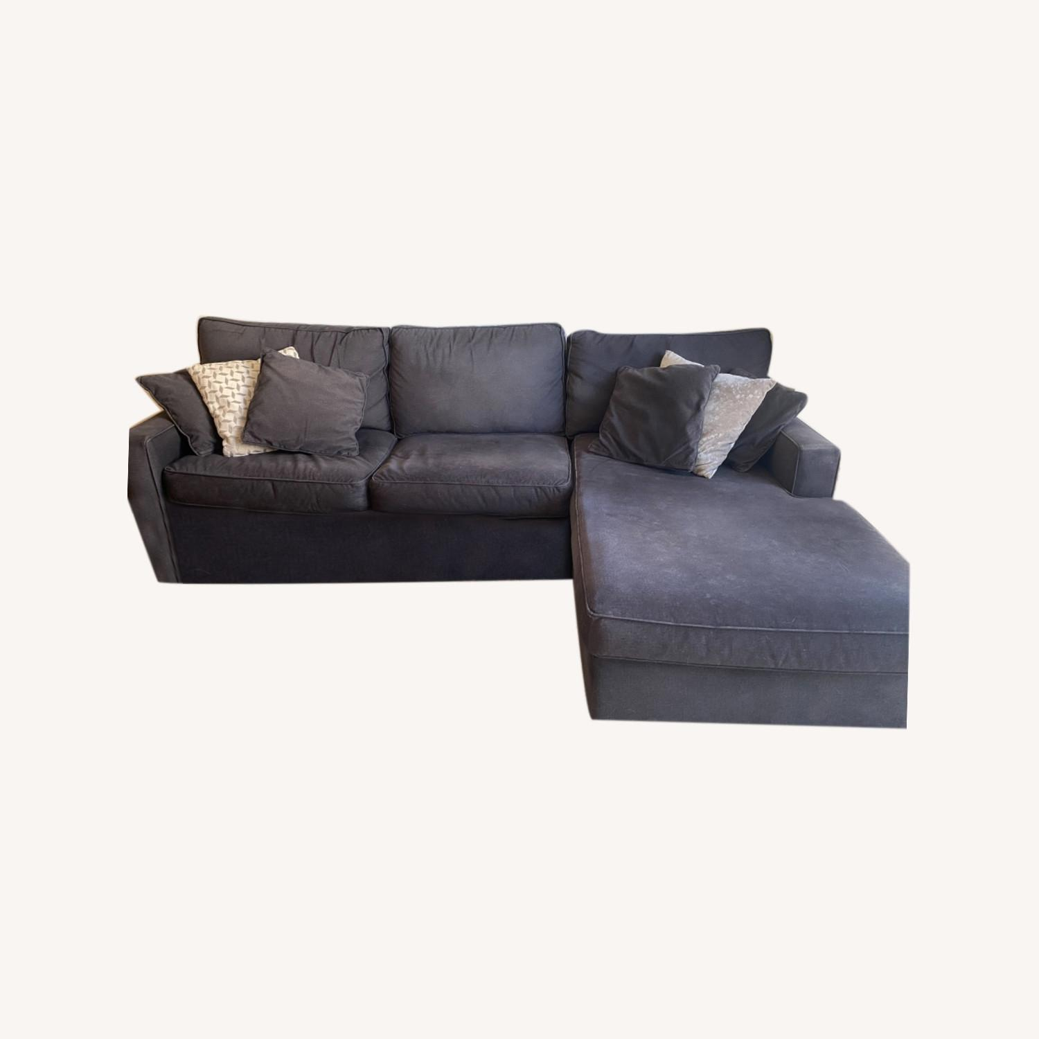 Rowe Furniture Chaise Sectional - image-0