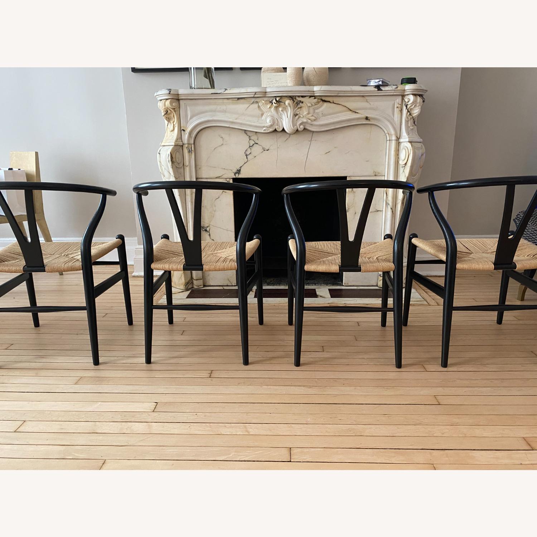 CH24 Black Wishbone Chairs set of 4 - image-3