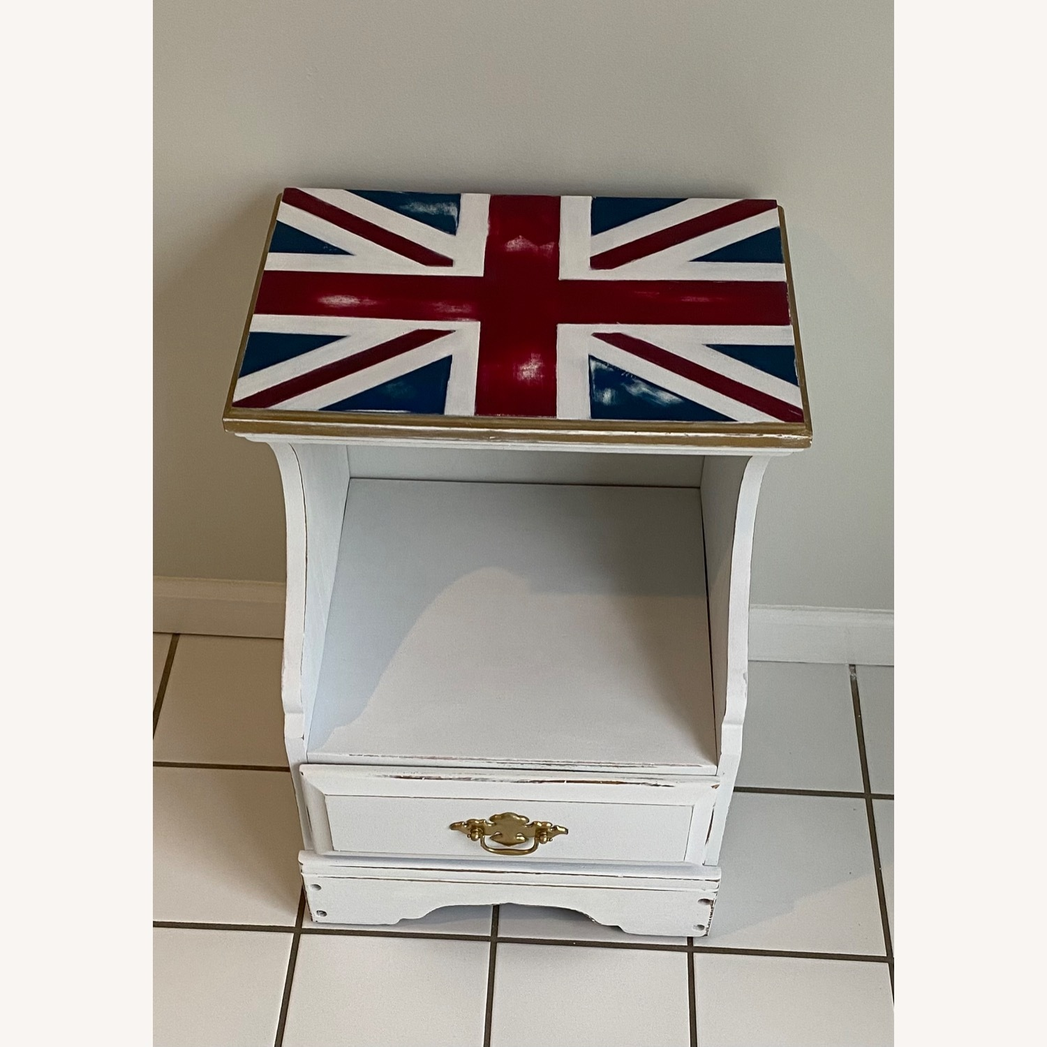 Federal Style Nightstand - image-2