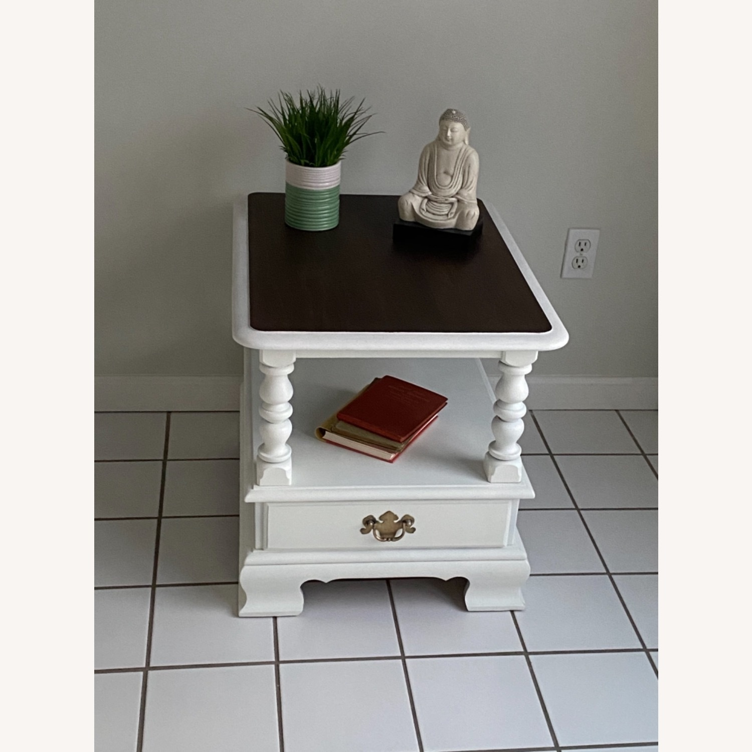 Ethan Allen Federal Style End Table - image-3