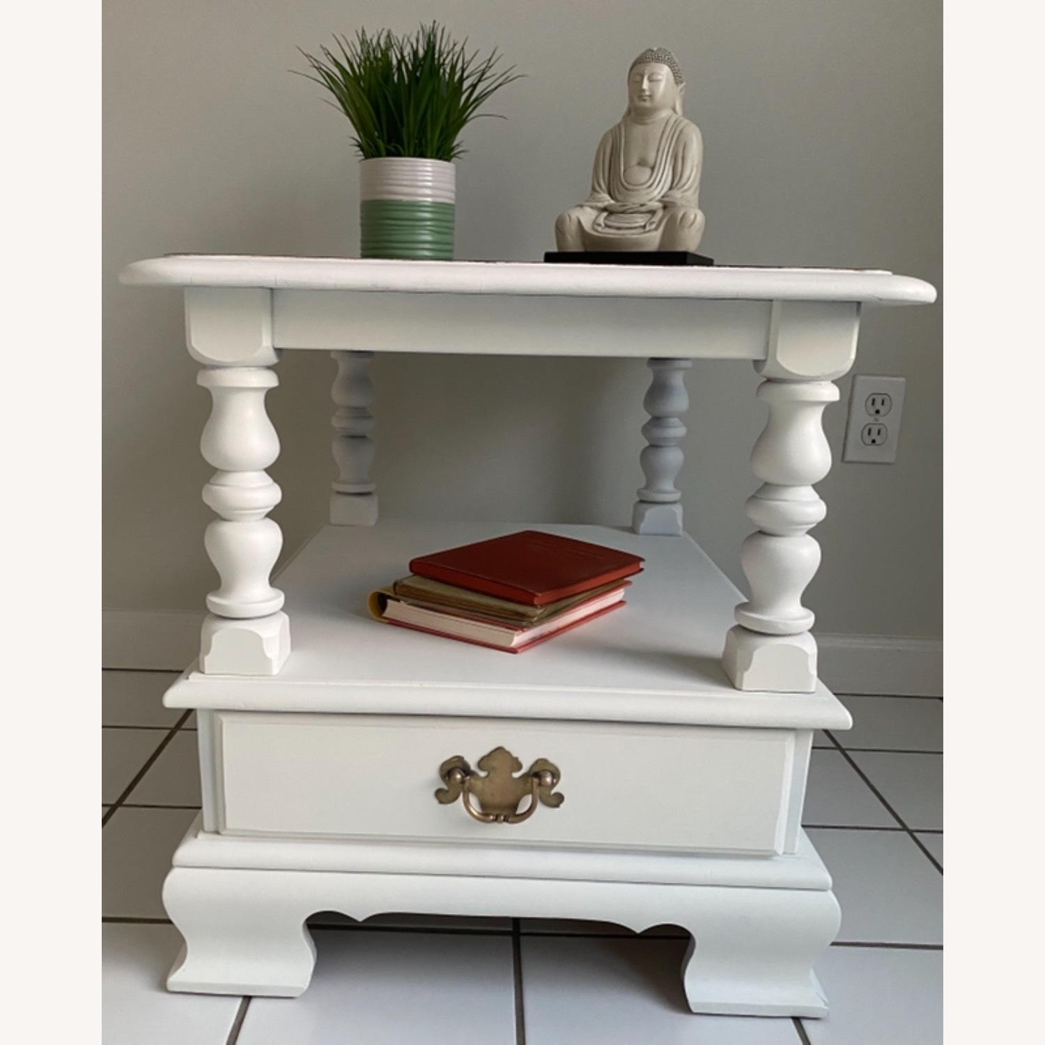 Ethan Allen Federal Style End Table - image-4