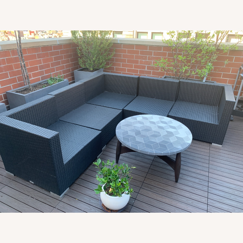 Modani Outdoor Patio Sectional (Black/White) - image-3