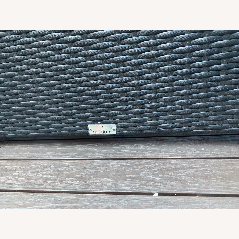 Modani Outdoor Patio Sectional (Black/White) - image-4