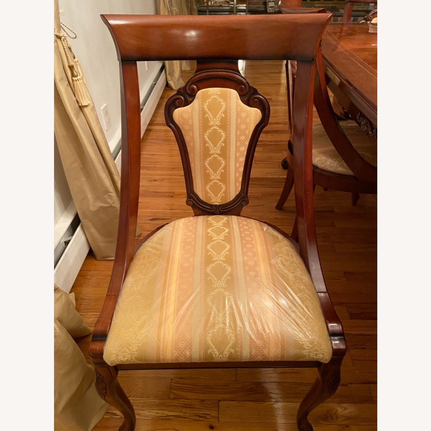 Dining Room Chairs- Set of 6 - image-0