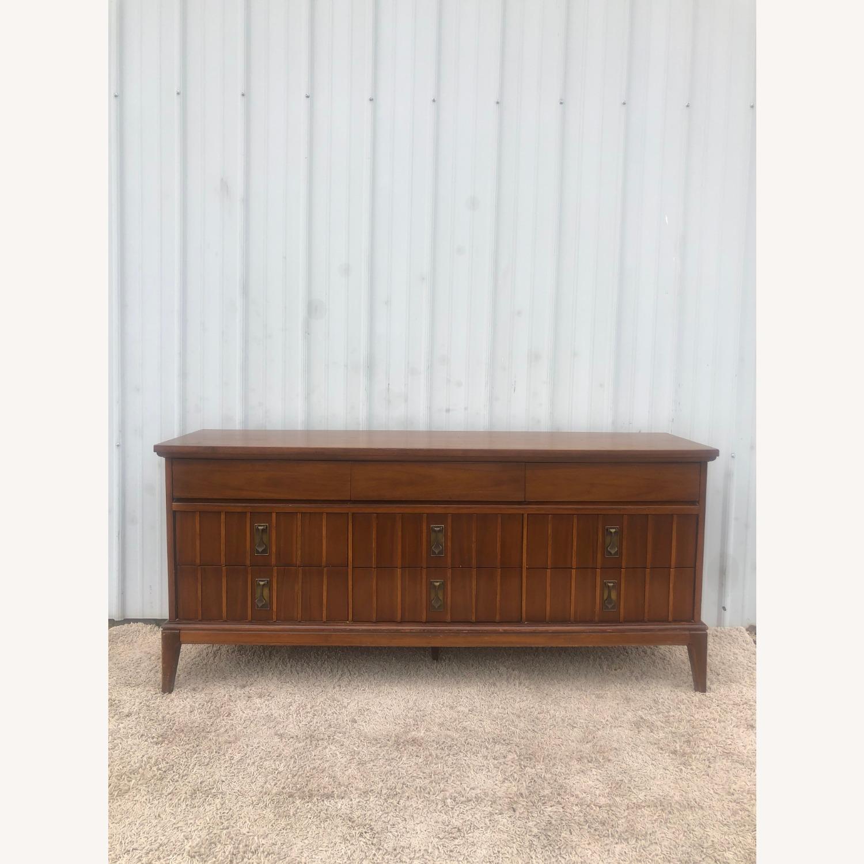 Mid Century 9 Drawer Dresser with Brass Hardwar - image-16