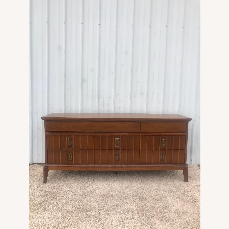 Mid Century 9 Drawer Dresser with Brass Hardwar - image-17