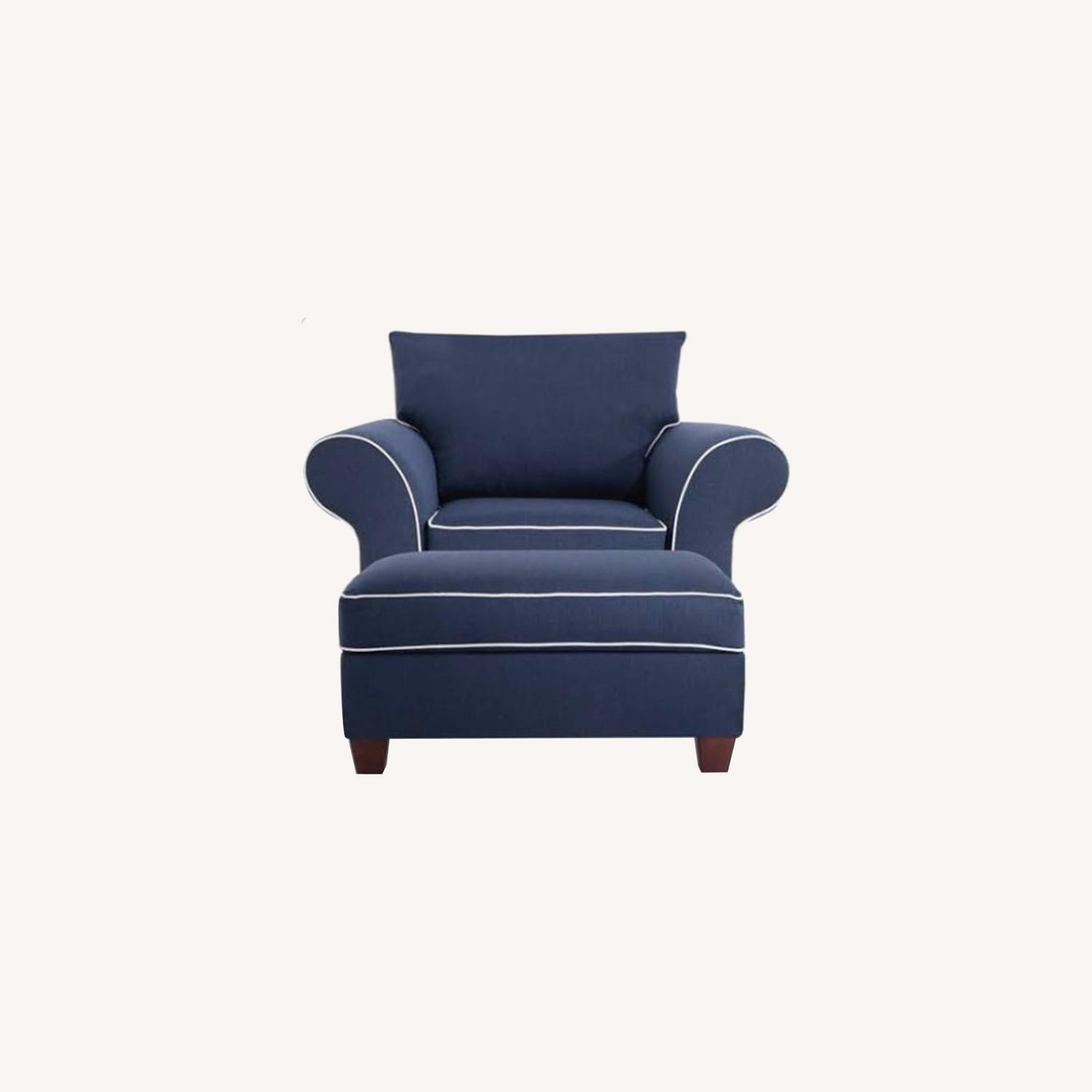 Bob's Discount Furniture Armchair with Ottoman - image-0