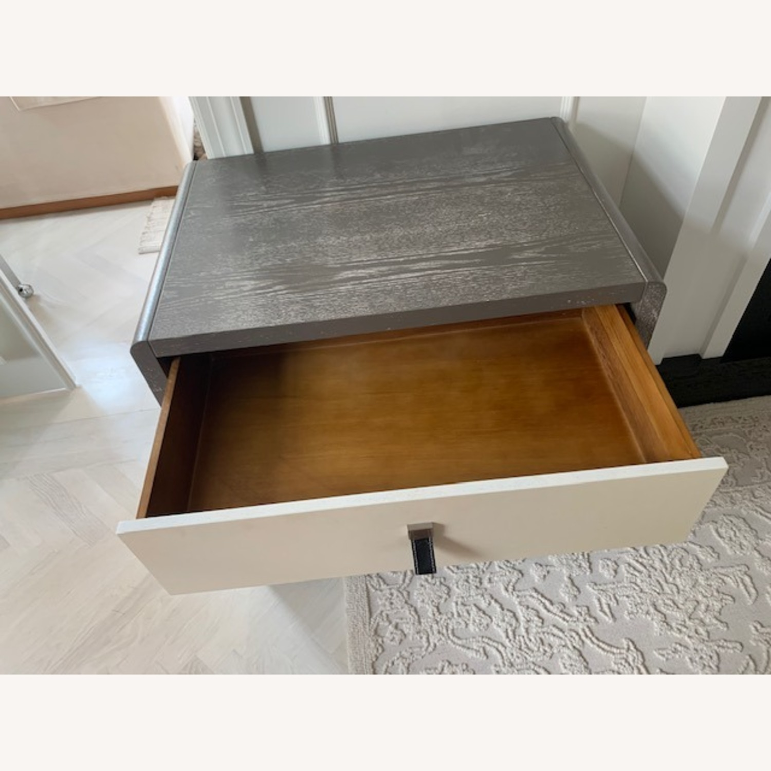 Elegant Chest of Drawers with Leather Pulls - image-2