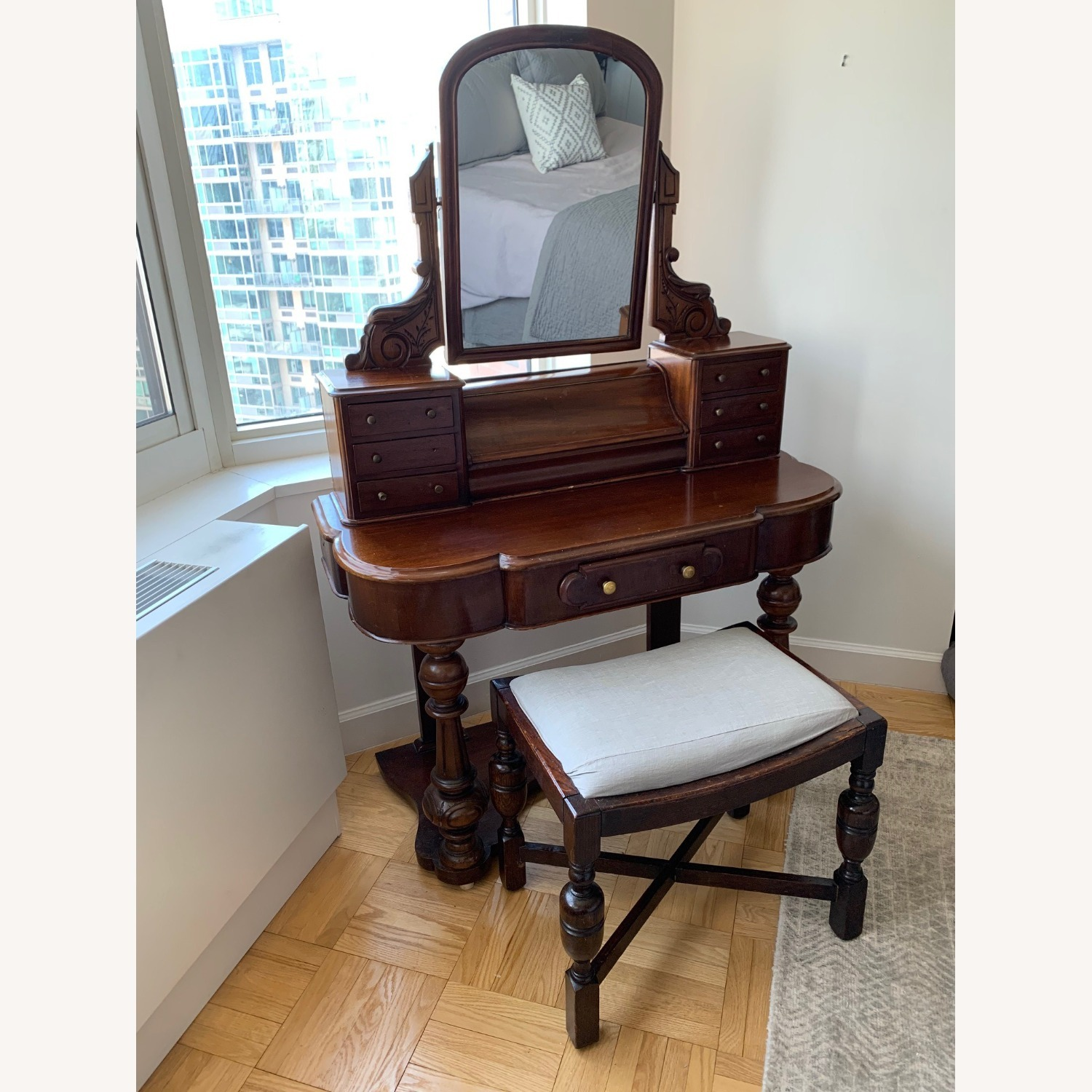 Victorian Antique Vanity Dressing Table and Stool - image-3