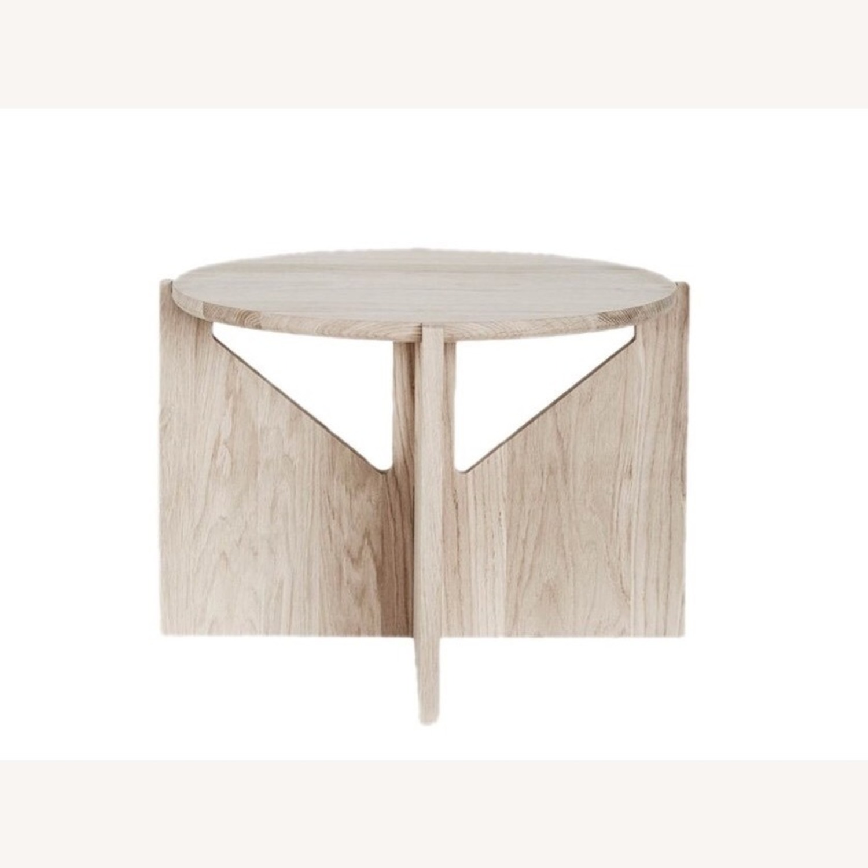 Muuto Kristina Dam Table in Oak - image-2
