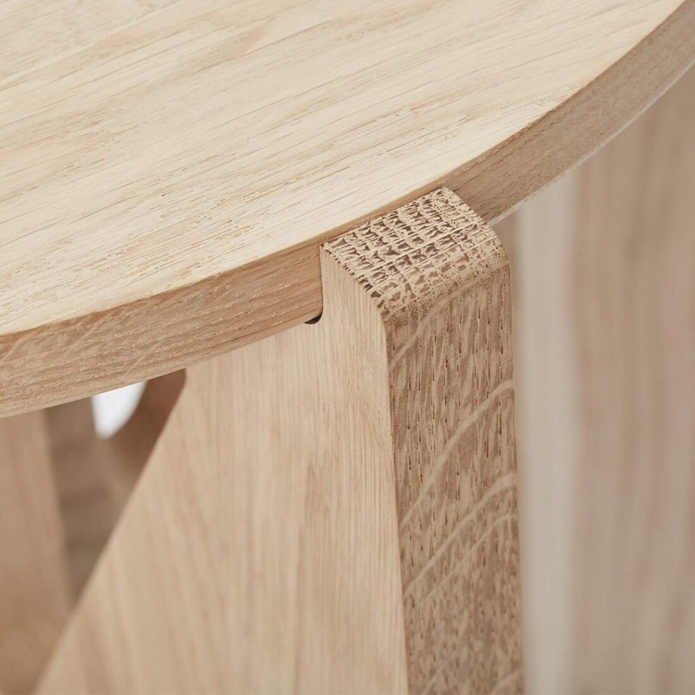 Muuto Kristina Dam Table in Oak - image-4