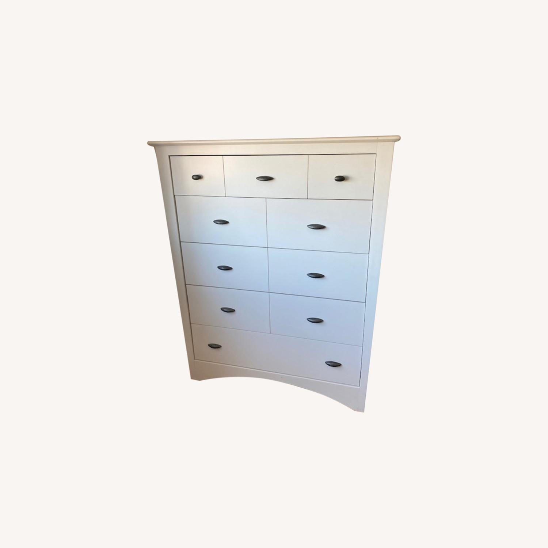 5 Drawer Dresser - image-0