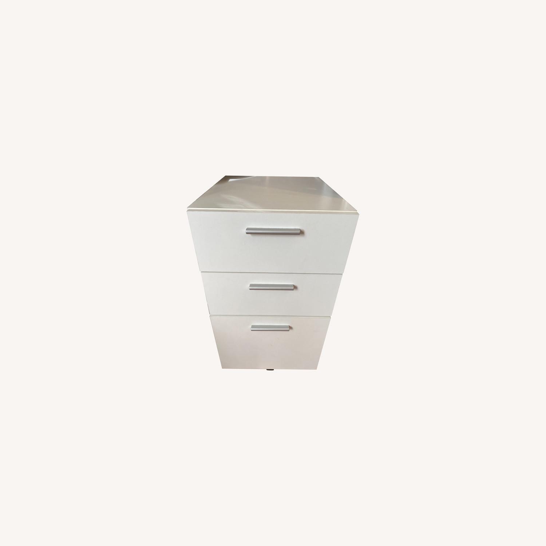 3 Drawer Mobile Cabinet - image-0