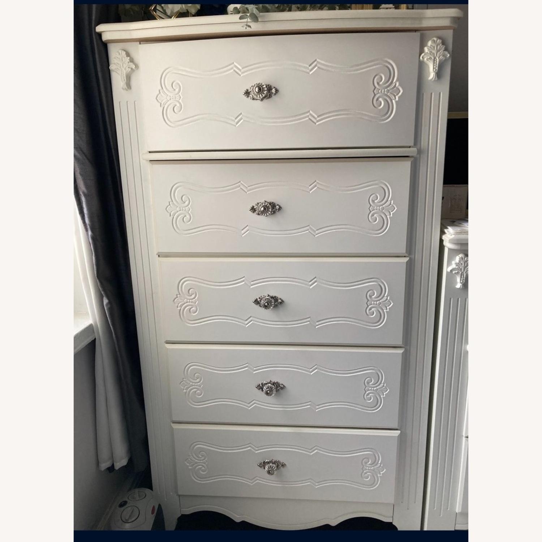Ashley Furniture Exquisite Chest - image-7