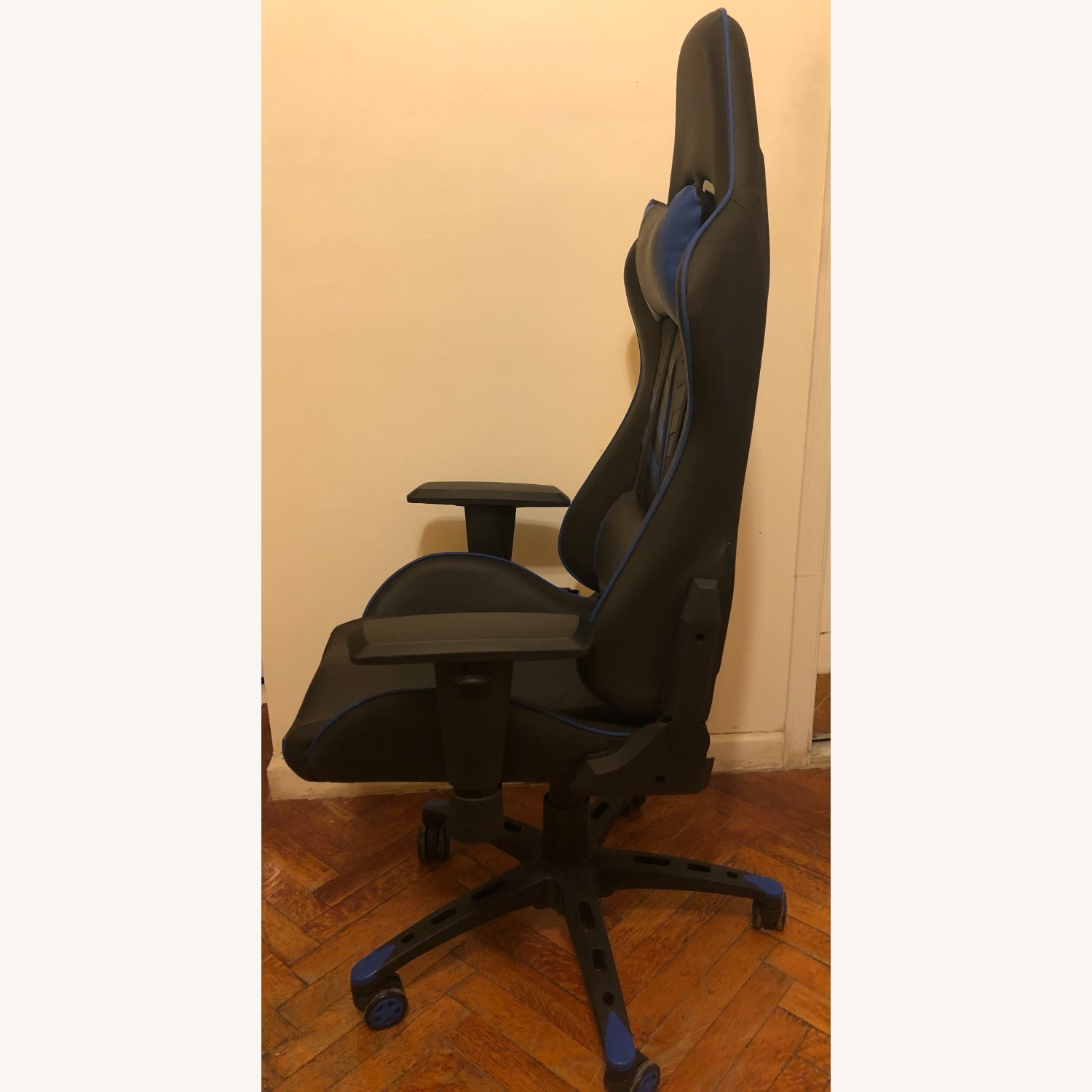 Racing Style Gaming Chair - image-1