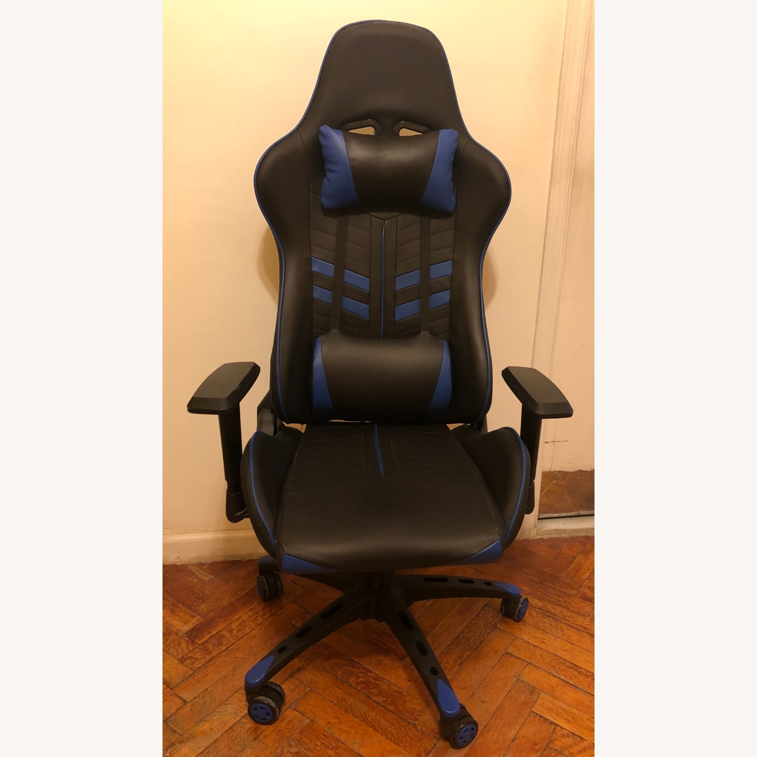 Racing Style Gaming Chair - image-0
