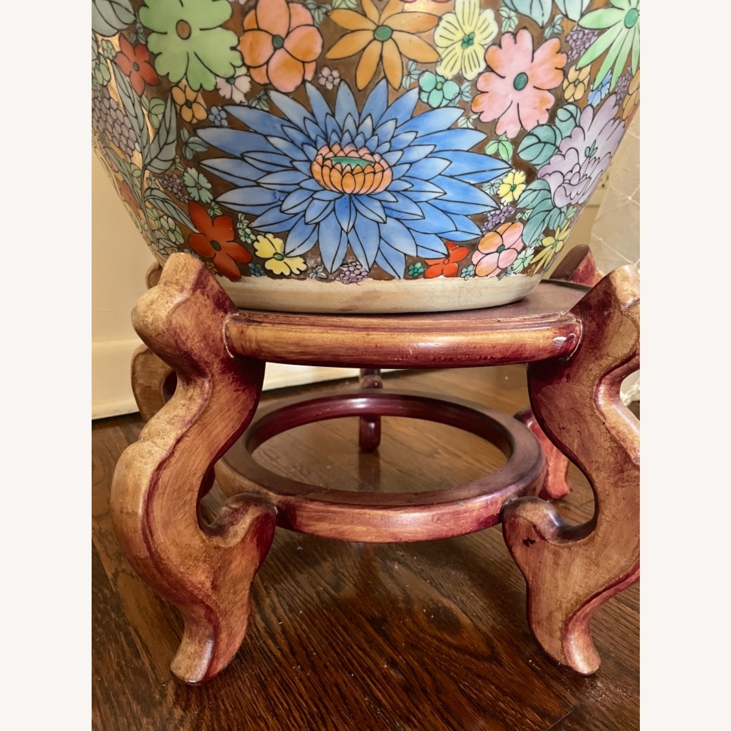 Ceramic Oriental Lotus Glass-topped Accent Table - image-2