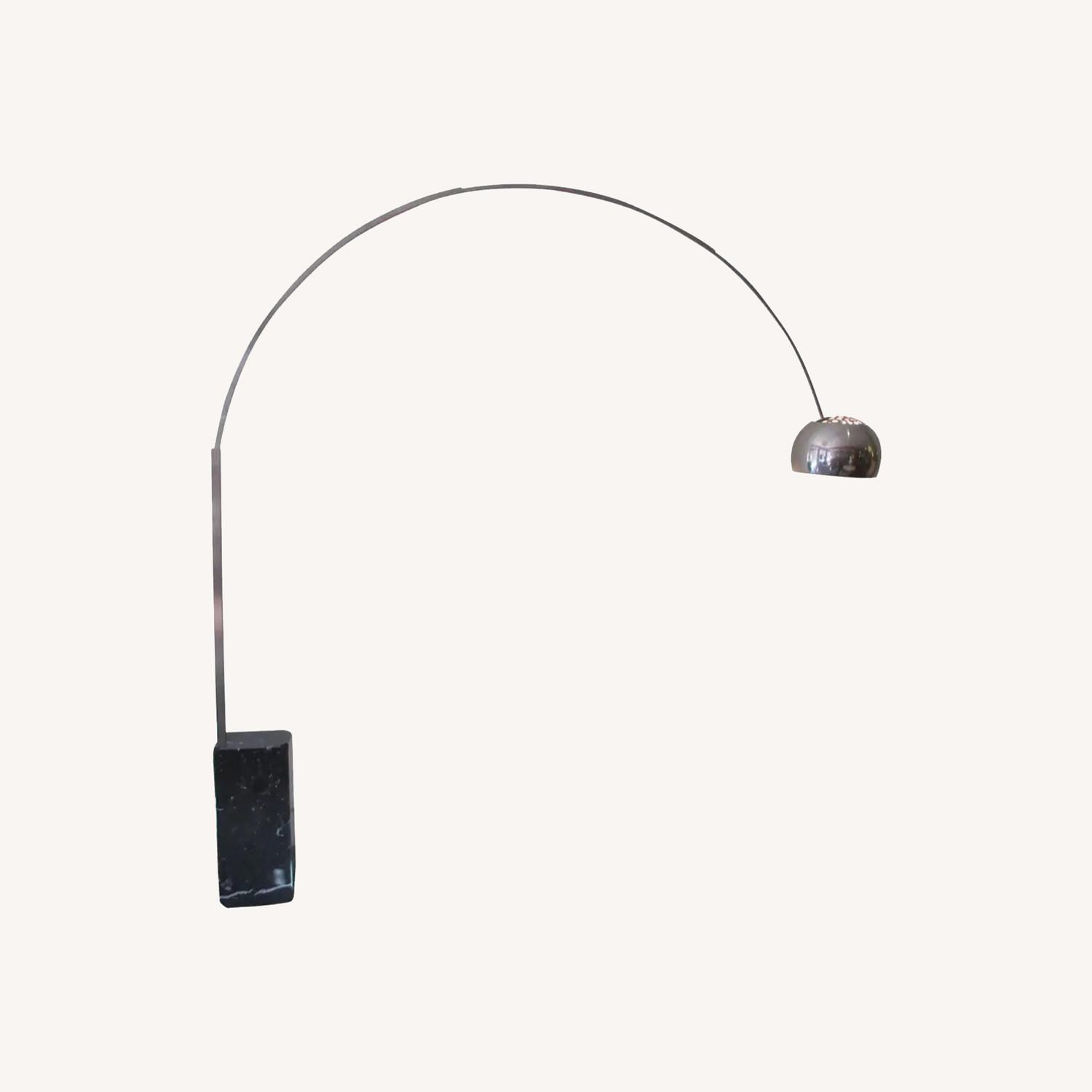 Authentic Arco Lamp in Black Marble - image-0