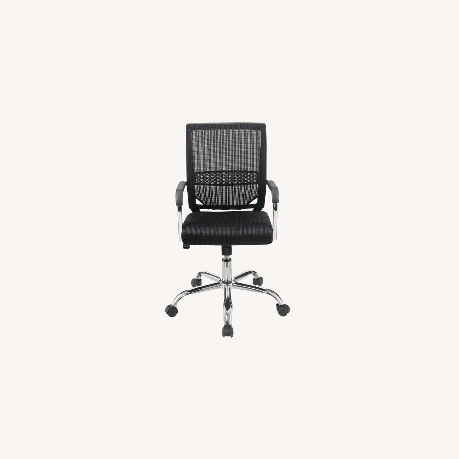 Office Chair In Black Fabric Finish W/ Mesh Back - image-7