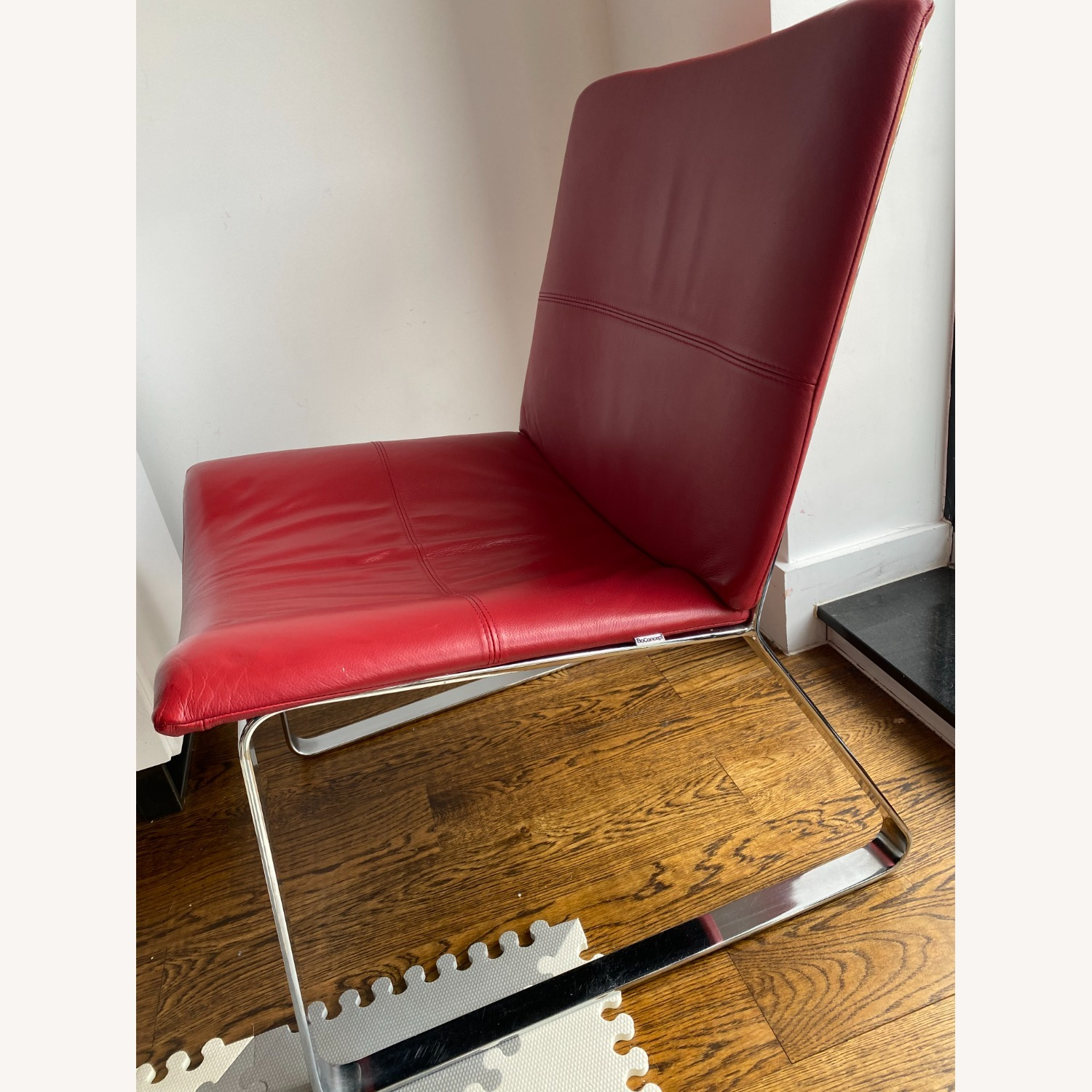 BoConcept Modern Leather Chair Red - image-4