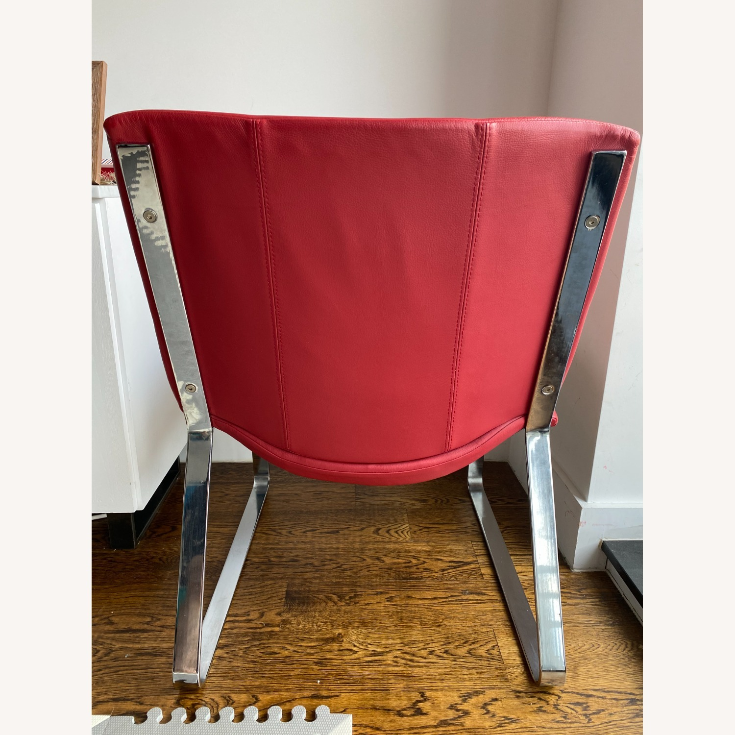 BoConcept Modern Leather Chair Red - image-6