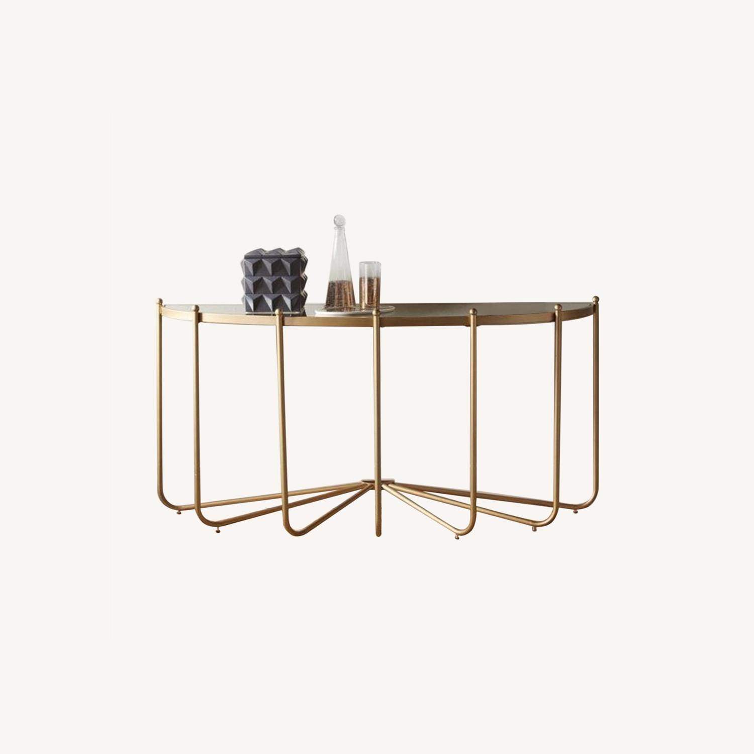 Gold Console/Entry Table - image-0