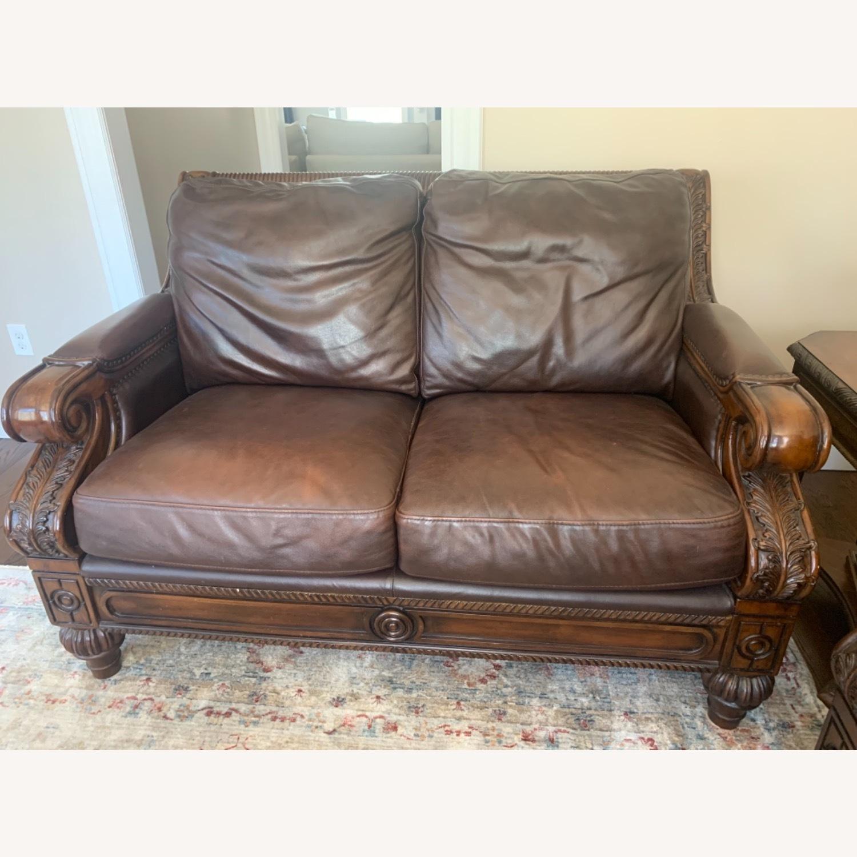 Ashley Furniture 100% Leather - image-5